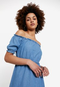Miss Selfridge - BARDOT DRESS - Spijkerjurk - blue - 2