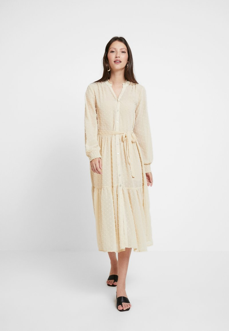 Miss Selfridge - TIERED DOBBY DRESS - Skjortekjole - nude