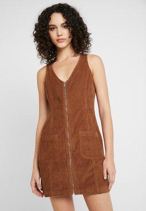 TRIAL PINNY MOVE ON - Vestito estivo - brown