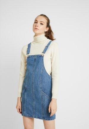 PINNY DRESS - Jeansklänning - mid blue