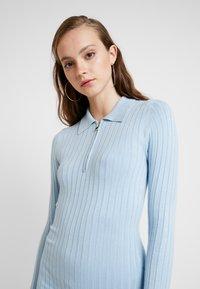 Miss Selfridge - ZIP MINI DRESS - Strikket kjole - blue - 5