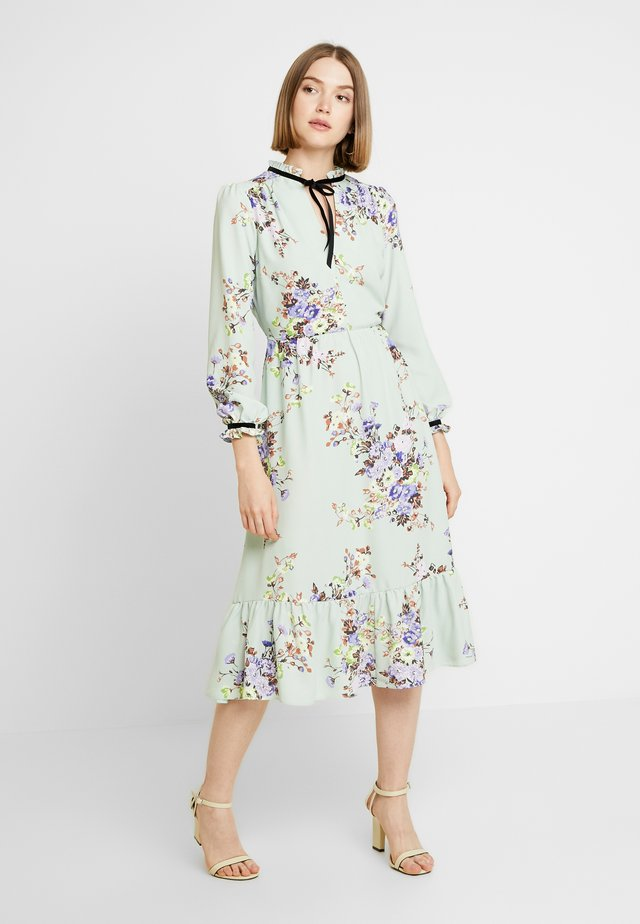 TIE NECK FLORAL MIDI DRESS - Day dress - green