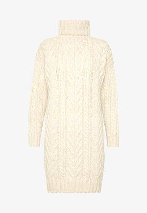 CABLE ROLLNECK DRESS - Stickad klänning - oatmeal