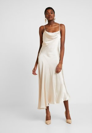 NUDE COWL NECK MAXI SLIP DRESS - Freizeitkleid - nude