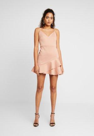 SCUBA PEPLUM DRESS - Denní šaty - nude