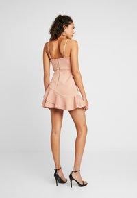 Miss Selfridge - SCUBA PEPLUM DRESS - Robe d'été - nude - 2