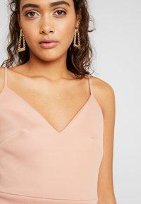Miss Selfridge - SCUBA PEPLUM DRESS - Robe d'été - nude - 3