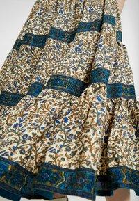 Miss Selfridge - CREAM FLORAL TIERED MIDI DRESS - Maxi dress - cream - 6