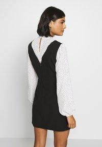 Miss Selfridge - SPOT MINI - Day dress - black - 2