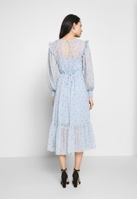 Miss Selfridge - DITSY DOBBY SMOCK MIDI DRESS - Day dress - ditsy - 2