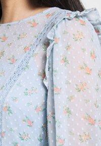 Miss Selfridge - DITSY DOBBY SMOCK MIDI DRESS - Day dress - ditsy - 5