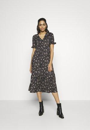 TEXTURED DRESS - Žerzejové šaty - black