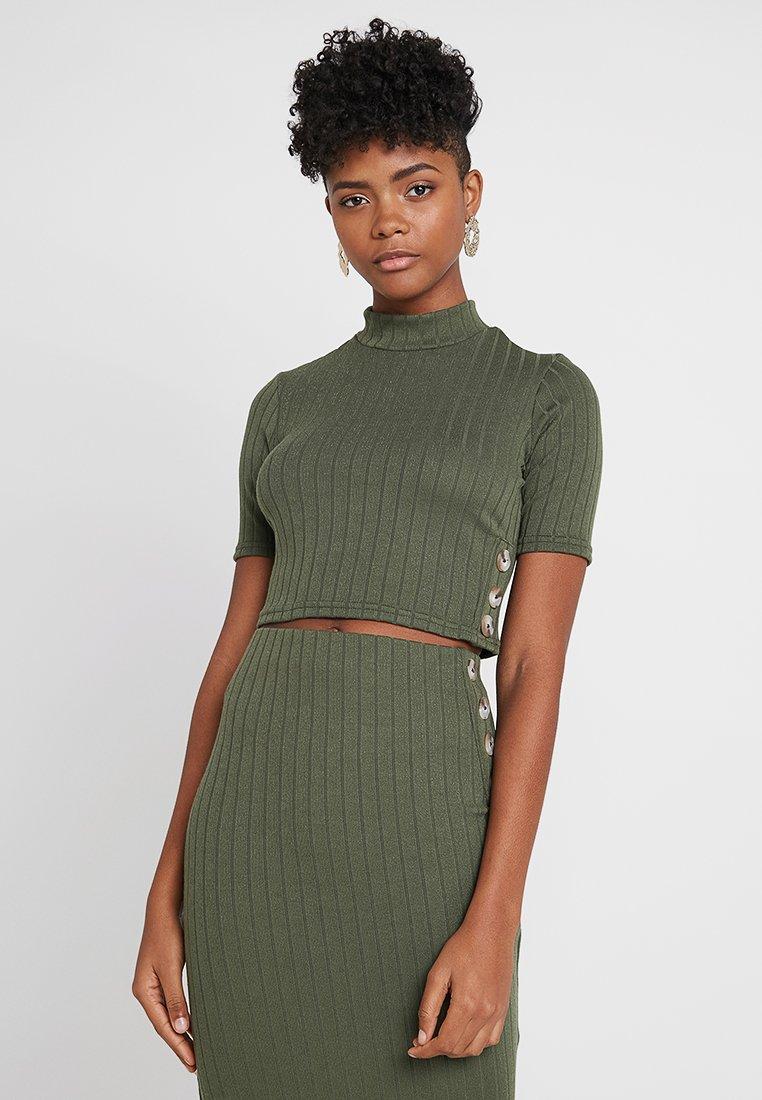 Miss Selfridge - HIGH NECK - T-Shirt print - khaki
