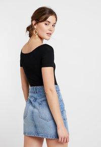 Miss Selfridge - BARDOT BODY MARKER - T-Shirt basic - black - 2