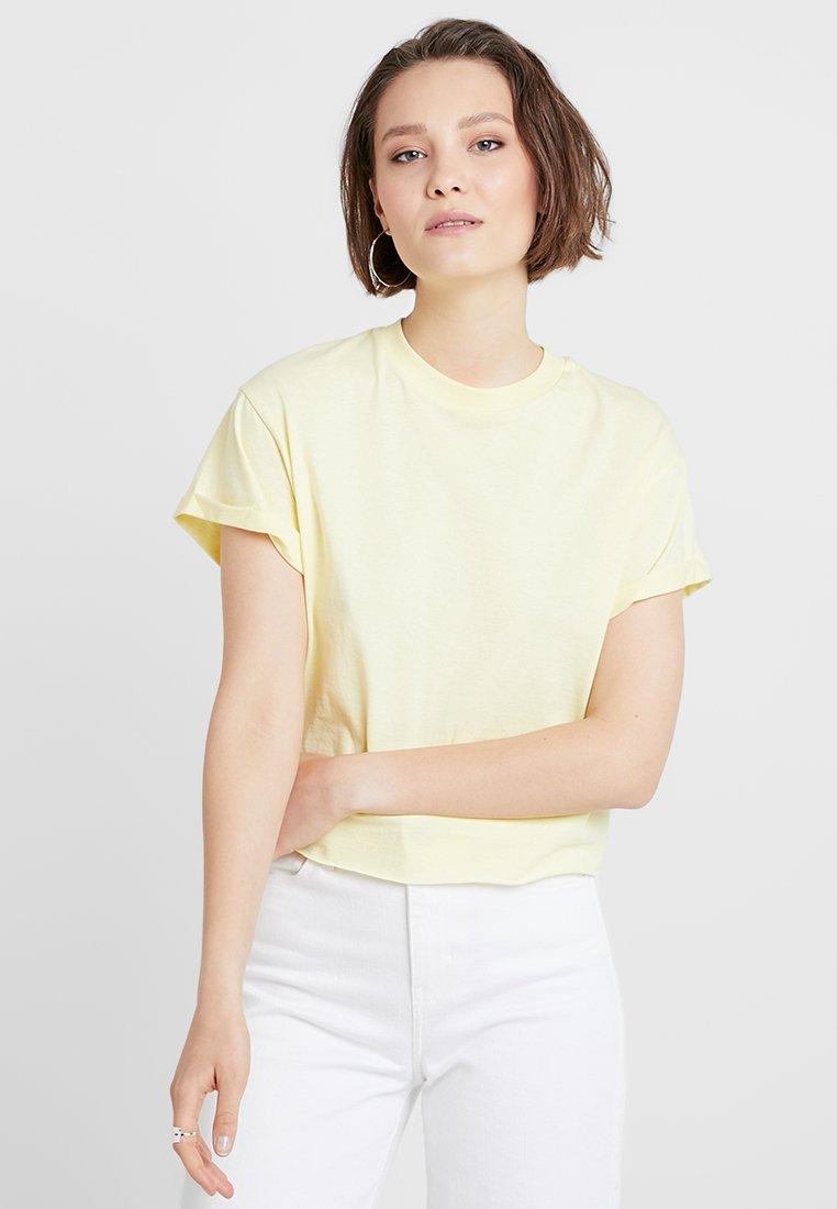 Miss Selfridge - CHOPPED TEE 2 PACK - T-Shirt basic - white/lemon