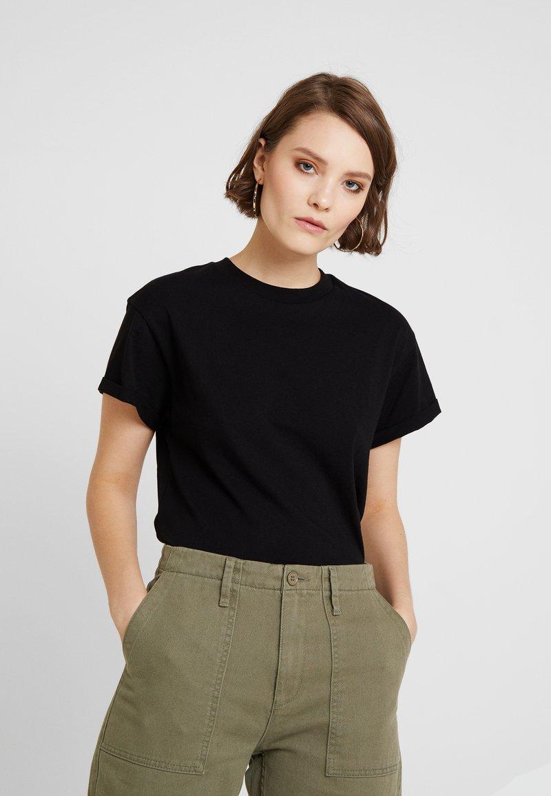Miss Selfridge - CHOPPED TEE 2 PACK - Basic T-shirt - black/khaki