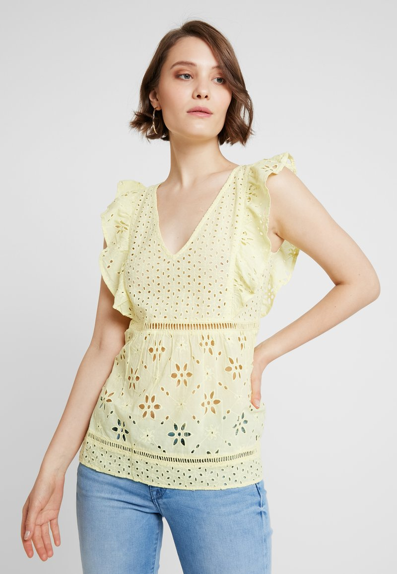 Miss Selfridge - BRODERIE BLOUSE - Blouse - yellow