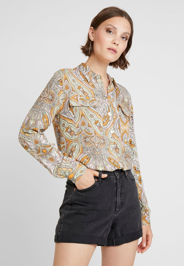 PAISLEY GERI - Button-down blouse - orange
