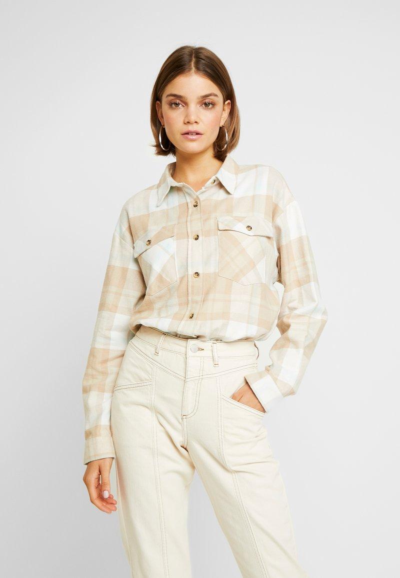 Miss Selfridge - OVERSIZED BOXY CHECK - Button-down blouse - beige