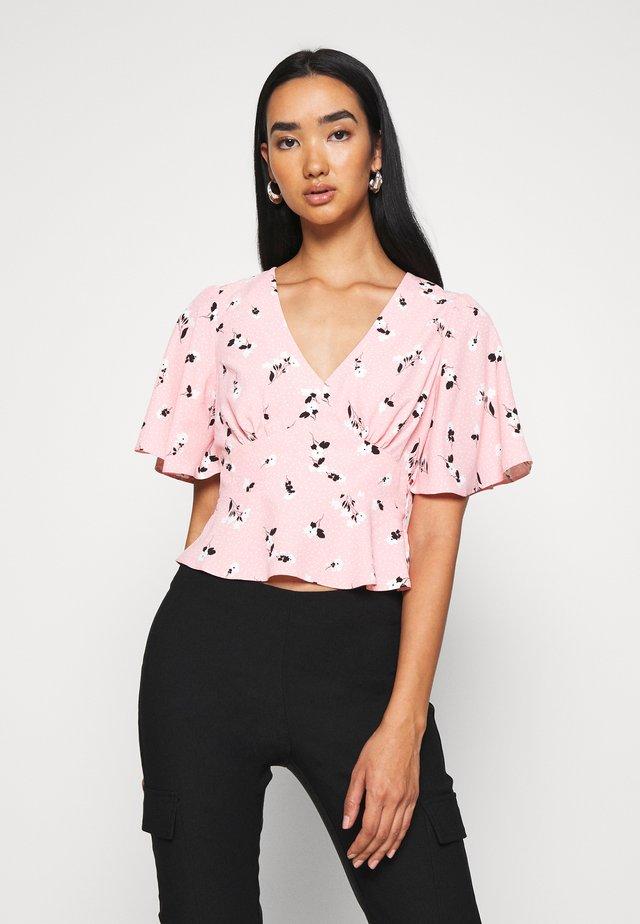 FLORAL TEA - Bluse - pink