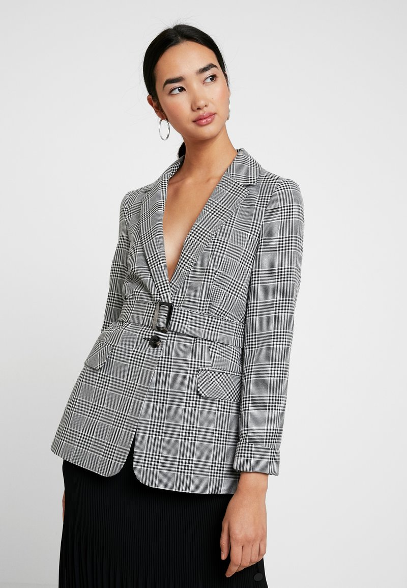 Miss Selfridge - MONO CHECK BELT - Cappotto corto - mono