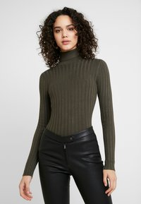 Miss Selfridge - ROLL NECK REPEAT - Stickad tröja - khaki - 0