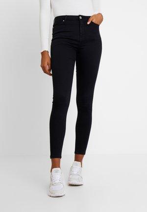 LIZZIE - Skinny džíny - black