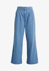 Miss Selfridge - PLEAT FRONT WIDE LEG - Flared Jeans - blue - 3