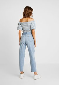 Miss Selfridge - EXTREME RIP - Relaxed fit jeans - light blue - 2
