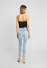 Miss Selfridge - ACID - Jeans Skinny Fit - blue denim - 2