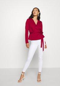 Miss Selfridge - LIZZIE - Jeans Skinny Fit - white - 1