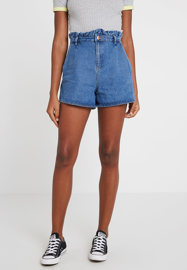Miss Selfridge - FRILL TOP MOM - Jeans Shorts - blue