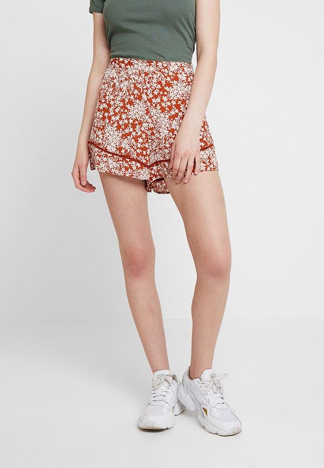 FLIPPY RAY DITSY  - Shorts - rust