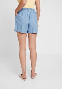 Miss Selfridge - FLAT FRONT - Shorts - blue - 2