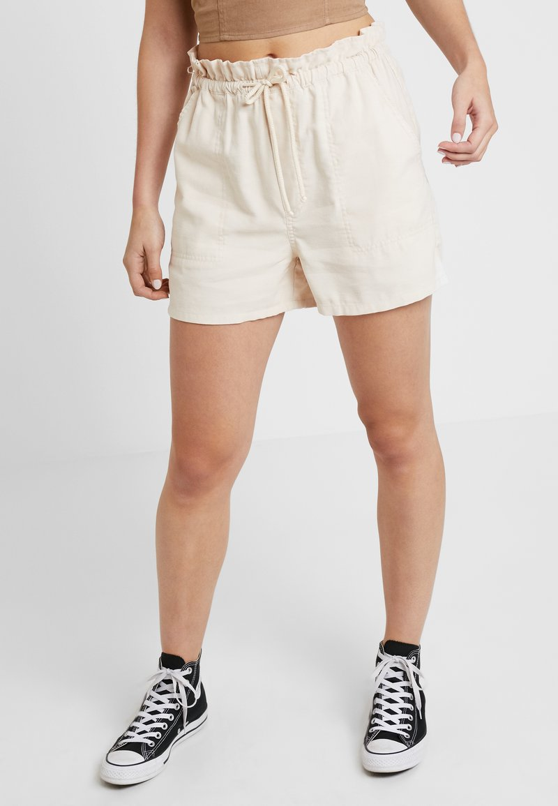 Miss Selfridge - ROPE TIE - Shorts - off white