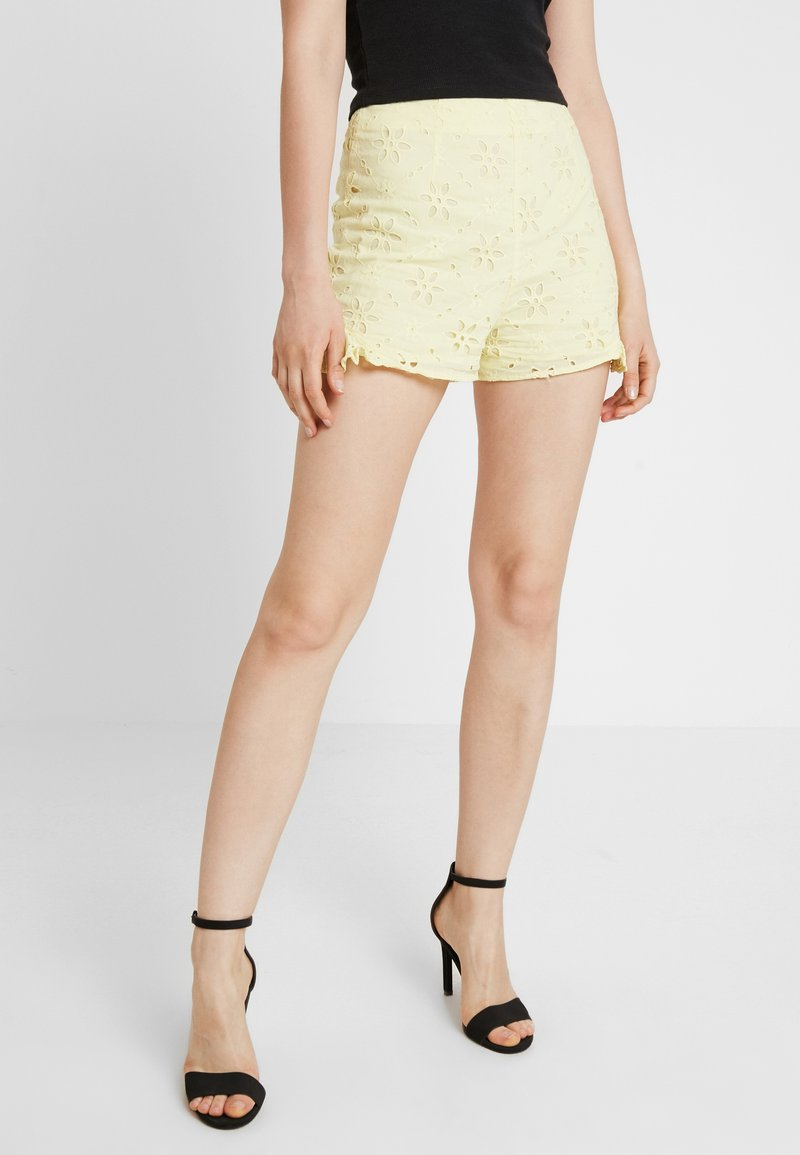 Miss Selfridge - BRODERIE  - Shorts - yellow
