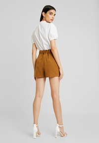 Miss Selfridge - Shorts - tan - 3