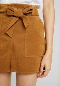 Miss Selfridge - Shorts - tan - 5