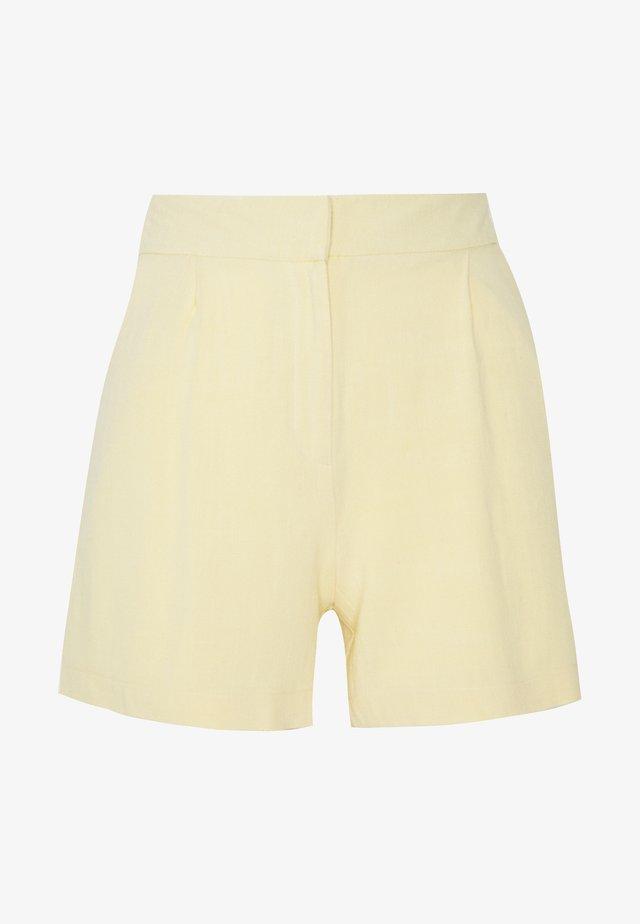 BAG BELTED  - Shorts - lemon