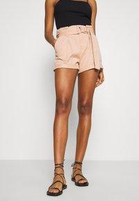 Miss Selfridge - HANG TAB BELTED - Shorts - light pink - 0