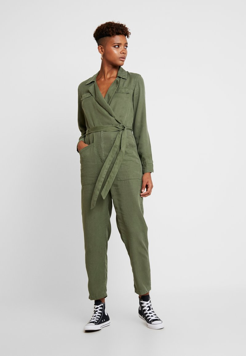 Miss Selfridge - UTILITY BOILER SUIT - Tuta jumpsuit - khaki