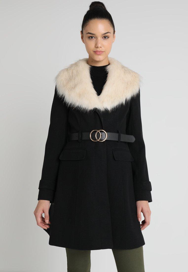 Miss Selfridge - FIT AND FLARE - Frakker / klassisk frakker - black