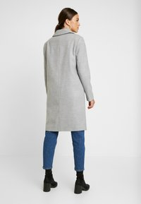 Miss Selfridge - Classic coat - grey - 2