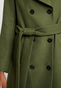 Miss Selfridge - BELTED COAT - Trenchcoat - forest green - 5