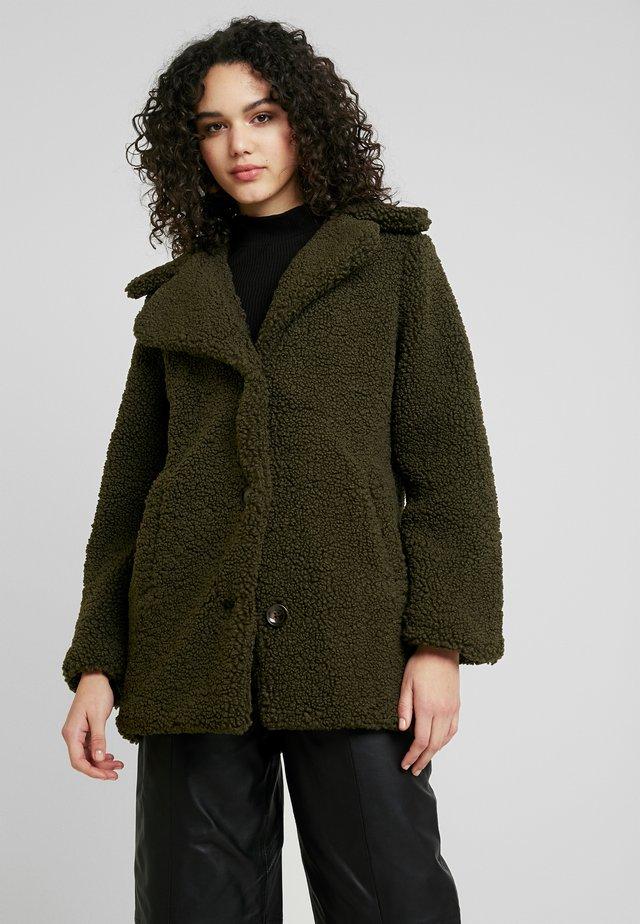 TEXTURE LONG COAT - Short coat - forest green