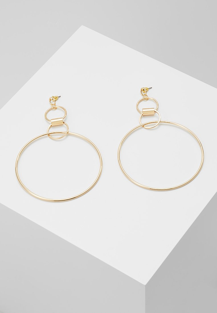 Miss Selfridge - LARGE LINK HOOP DROP EARRING - Náušnice - gold-coloured