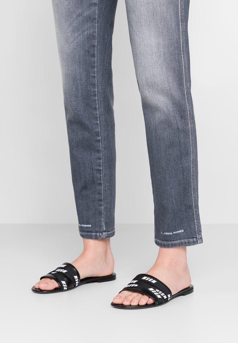 MSGM - FLAT SLIDE - Pantolette flach - black