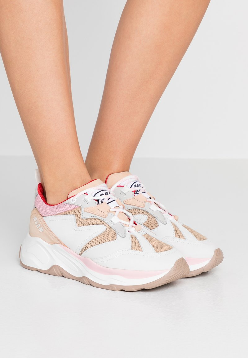 MSGM - ATTACK - Sneakers laag - nude