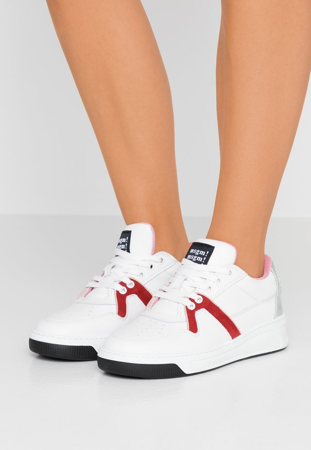 Sneaker low - red/white