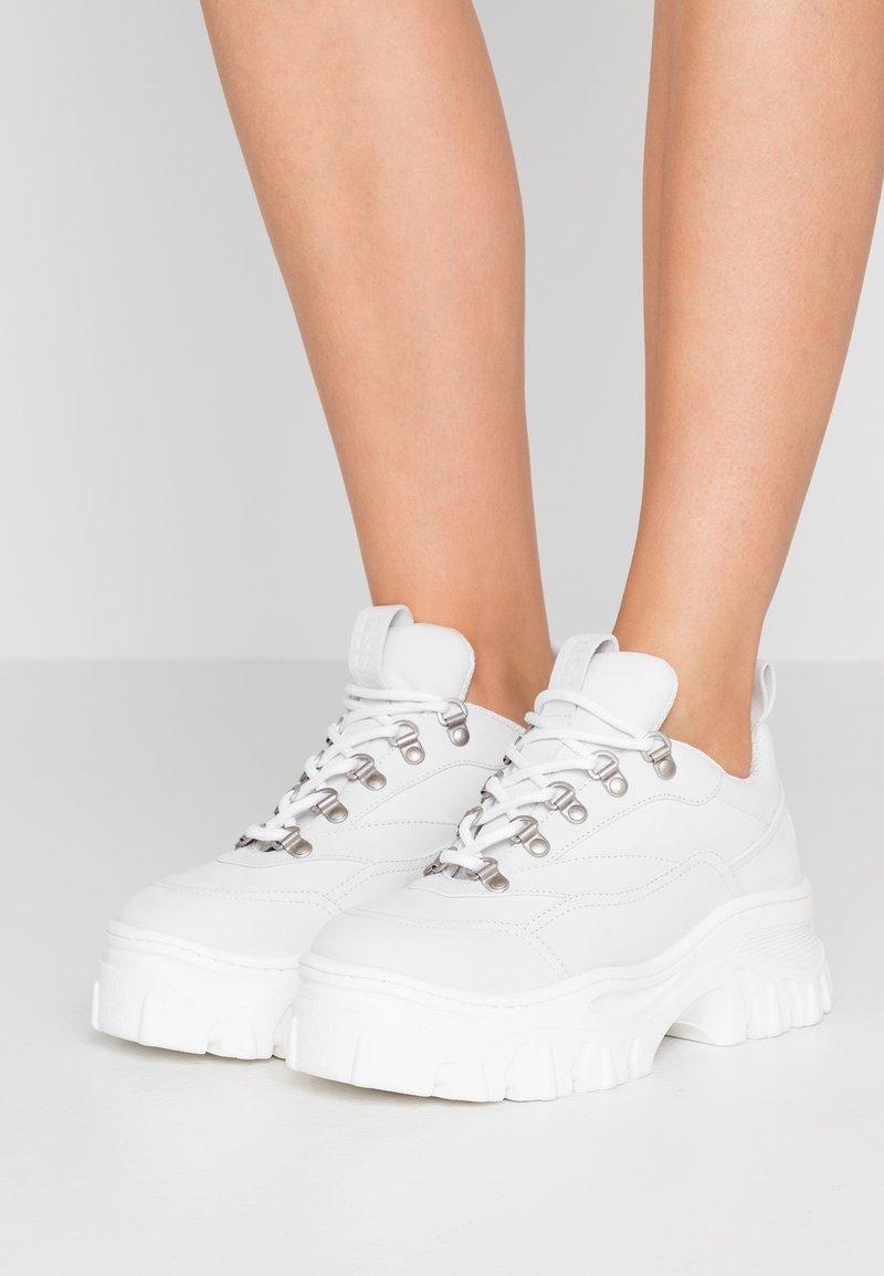 MSGM - Sneakers - white